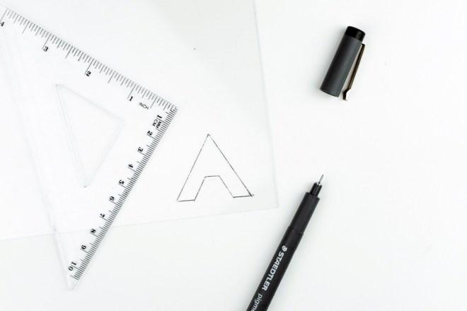 Plexiglas Leder Schlüsselanhänger basteln -schereleimpapier DIY und Upcycling Blog aus Berlin - kreative Tutorials für DIY Geschenke, DIY Möbel und DIY Deko zum Basteln