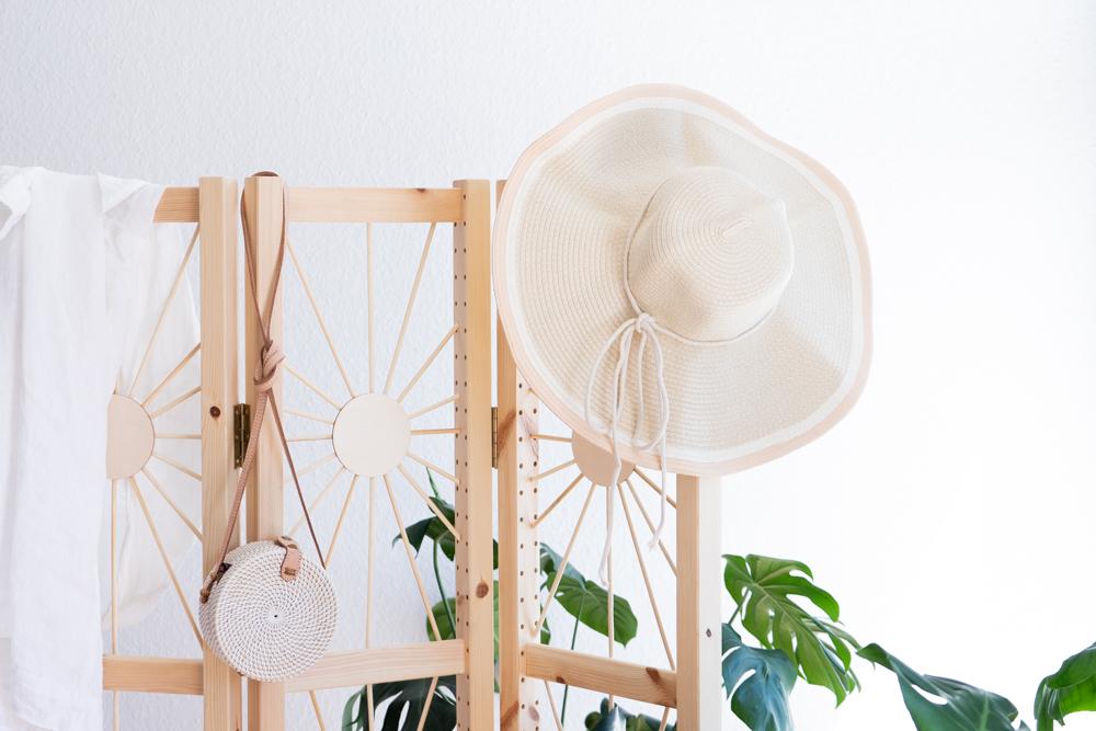Strohhut DIY schereleimpapier DIY und Upcycling Blog aus Berlin - kreative Tutorials für DIY Geschenke, DIY Möbel und DIY Deko zum Basteln