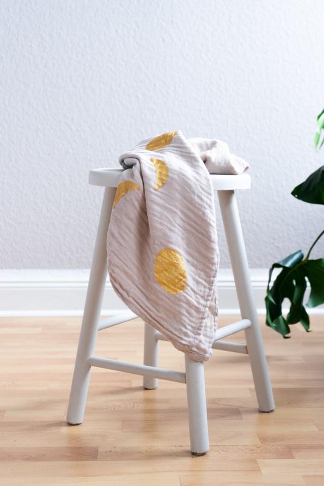 DIY Decke gestalten schereleimpapier kreative Tutorials für DIY Geschenke, DIY Möbel und DIY Deko zum Basteln
