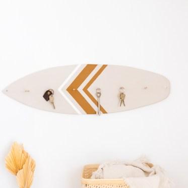 Schlüsselbrett selber machen schereleimpapier kreative Tutorials für DIY Geschenke, DIY Möbel und DIY Deko zum Basteln