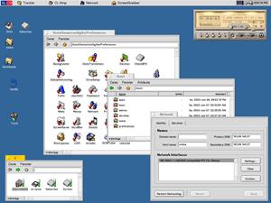 BeOS-Desktop mit verschiedenen geöffneten Fenstern