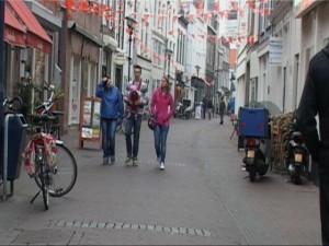 Tot 16 oktober zijn er werkzaamheden aan de Proveniersbrug. Met als doel dat er geen afname van bezoek aan ons centrum mag ontstaan zullen het Centrummanagement en de gemeente Schiedam de succesvolle Koop en Win kassabonnenactie herhalen.