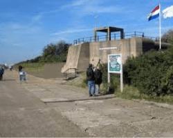 RONDLEIDING BUNKERS EN SCHIETDEMONSTRATIE HOEK VAN HOLLAND