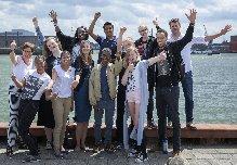 Project ZomerOndernemer Rotterdam afgesloten met een feestelijke uitreiking bij Rabobank Rotterdam. In 2016 deden in het hele land 213 jongeren mee aan het project ZomerOndernemer. De winnaars van de elf regio's strijden op 6 oktober om de titel Beste ZomerOndernemer 2016. Brenda zal daar de regio Rotterdam vertegenwoordigen.  Doel van het project is ondernemerschap stimuleren en zelfredzaamheid versterken. Het project wordt mogelijk gemaakt door de Rabobank, lokale bedrijven, gemeenten en fondsen.