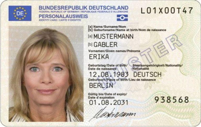 """Der """"Große Bruder"""" sieht und weiß alles: Perso und Führerschein auf dem nächsten Schritt zum total gläsernen Bürger"""