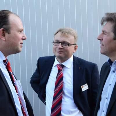 Schinko 25 Jahr Feier - Geschäftsführer Gerhard Lengauer und Ing. Hubert Krückl beim Empfang zum Festakt der 25 Jahr Feier der Firma Schinko.