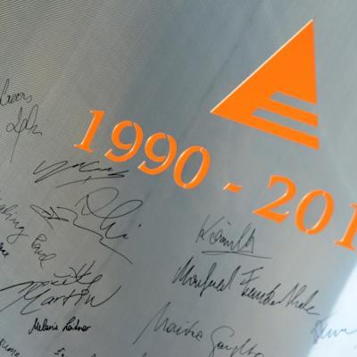 Schinko 25 Jahr Feier - Unterschriften der Mitarbeiter