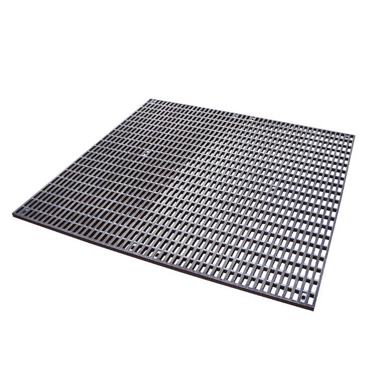 tapis antiderapant en caoutchouc ouvertures rectangulaires 100 x 100 cm equipement d elevage