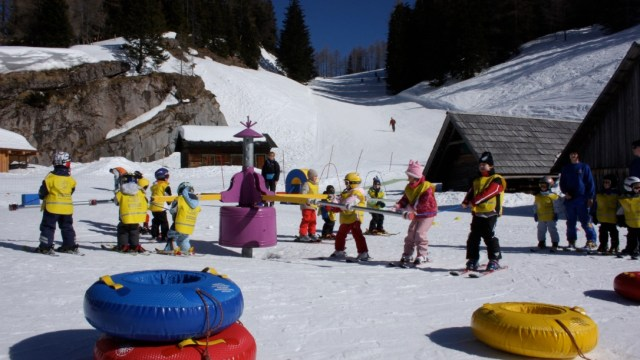 Children's ski course