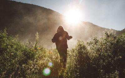 DE JARIGE TRAKTEERT | Meer licht in jouw leven?