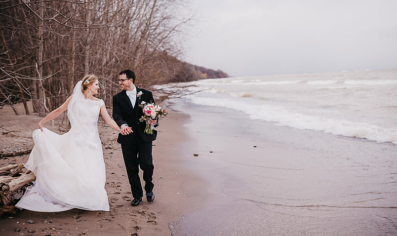 Winter Wedding Schlitz Audubon Lake Michigan