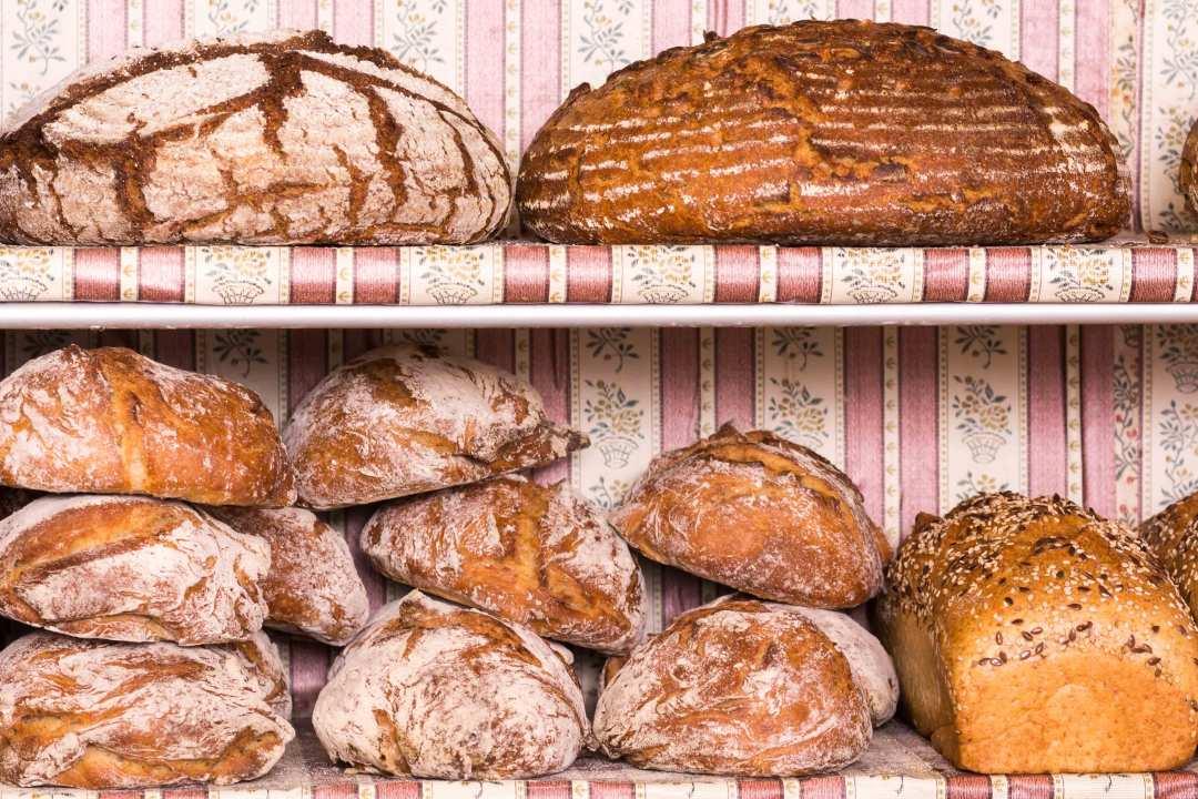 Vollwertige Brote