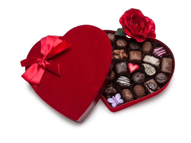 28 Piece Red Velvet Heart Box
