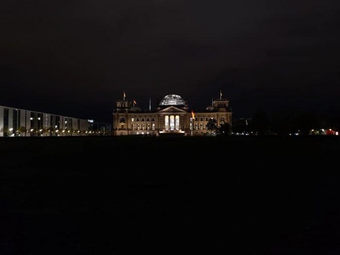OnePlus 8 Pro Reichstag