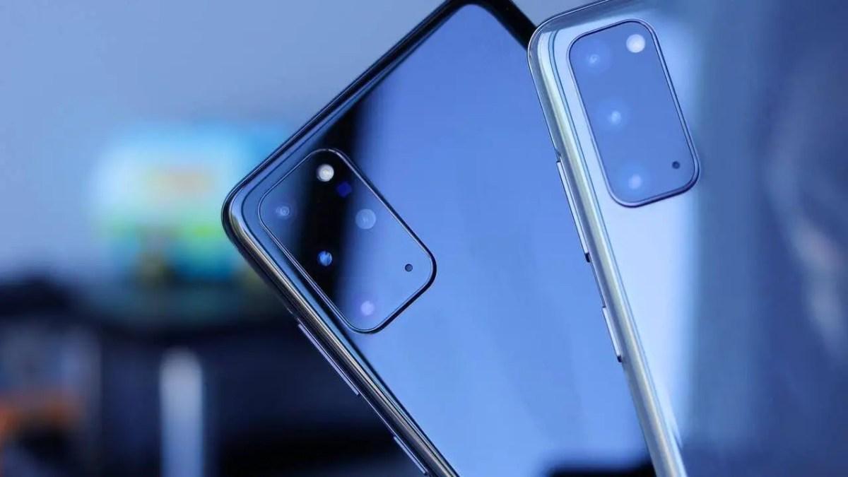 Samsung Galaxy S20 Black & Gray Daniel Romero 7oTQw9NKGpk Unsplash