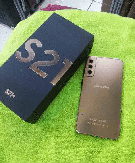 Fake Samsung Galaxy S21+