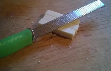 Microplane Reibe – Die scharfe Profi-Küchenreibe.