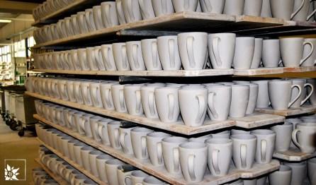 Kaffeebecher mit Erstglasur