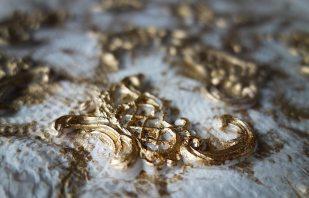 Goldrelief für Kerzen – Nagy Salzburg