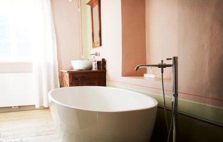 Badewanne - Gasthaus zum Riesen Tarsch