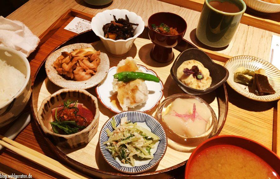 Akomeya in Tokio