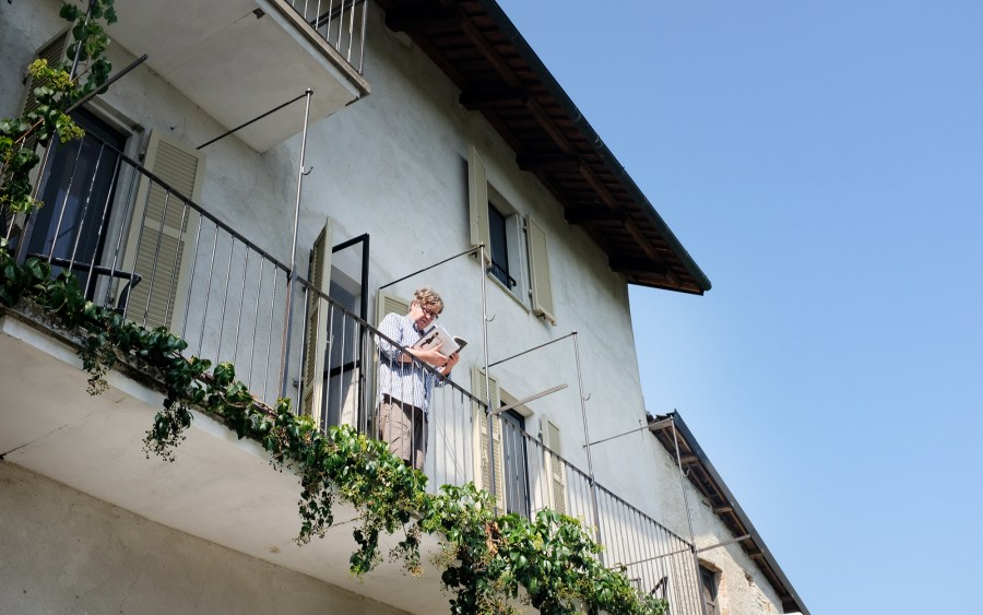 Peter auf dem Balkon