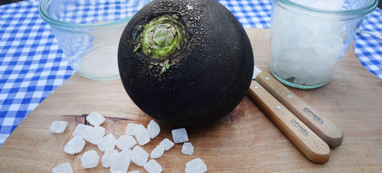 Zutaten für Hustensirup aus schwarzem Rettich