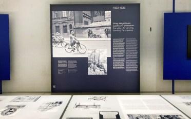 Schautafel im NS Dokumentationszentrum München