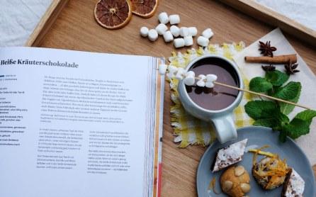 Rezept für heiße Kräuterschokolade