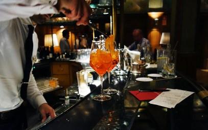 Aperol in der Laurin Bar