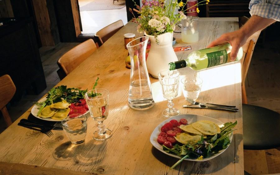 Abendessen in der Küche im Obergeschoss