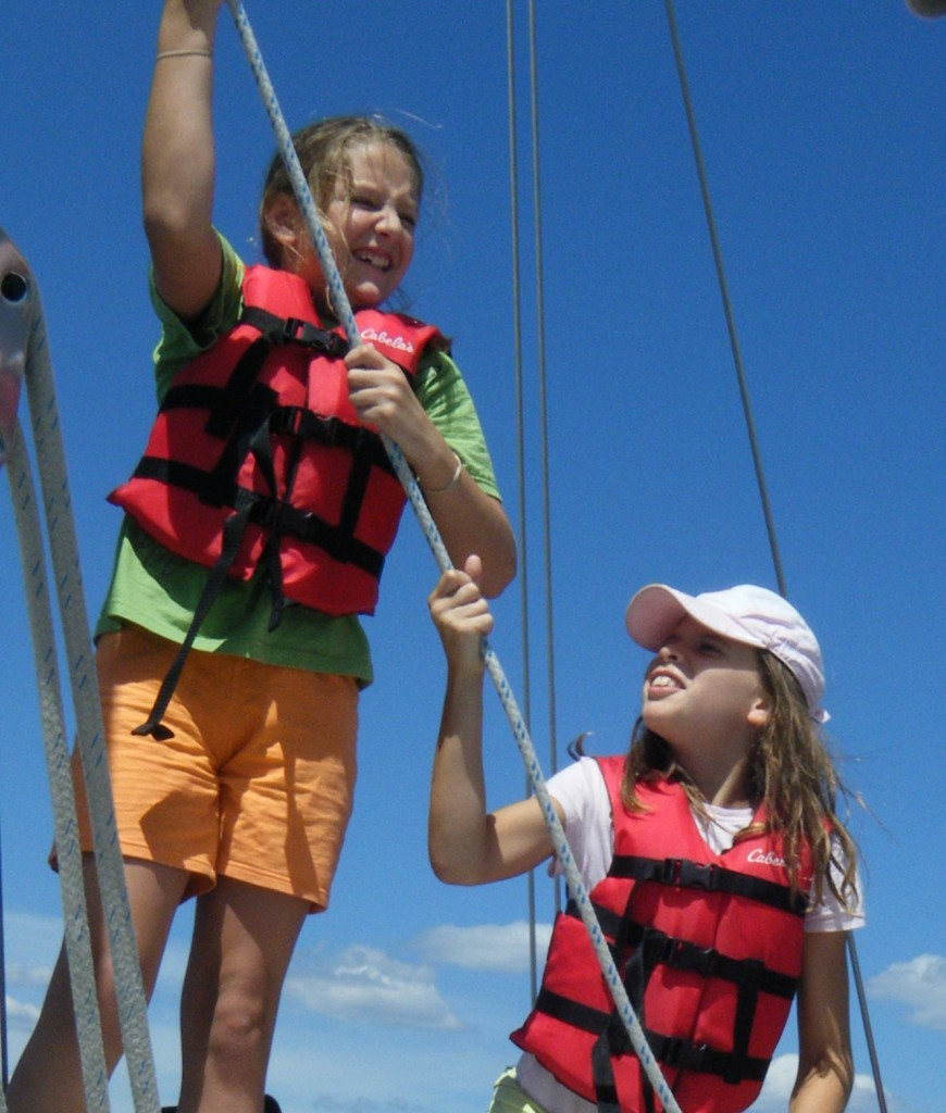 Girl Scout Sailing Cruises In Annapolis Maryland On The Beautiful Wooden 74 Schooner Woodwind