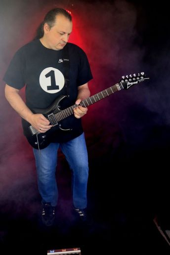 Mario Stracuzzi HP1