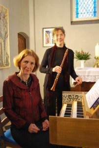 Karla Schröter (Barockoboe) und Hildegard Saretz (Cembalo, links).  Foto: Petra Elsner