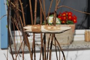 Blumentopf-Skulptur 2 aus Lindenholz.