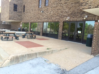 Sperreng Middle School cafeteria entrance