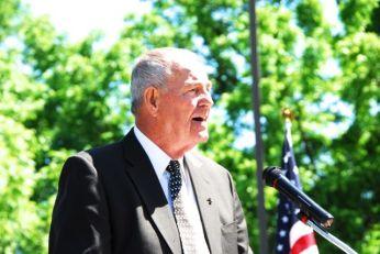 Charlie Klipsch speaking at the SCHS annual Memorial Day ceremony.