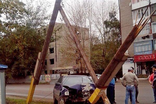 В Щучинске произошло ДТП с участием трех автомобилей