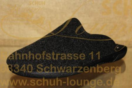 Schlichte Herren-Pantolette aus Filz in der Farbe Anthrazit.Sie ist Innen angenehm weich gefüttert und hat eine schwarze PU-Laufsohle.