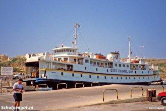 De Marsdiep werd op Malta Mgarr genaamd, naar de veerhaven van Mgarr op het eiland Gozo. Op de foto zien we de ferry Mgarr in de haven van Mgarr.