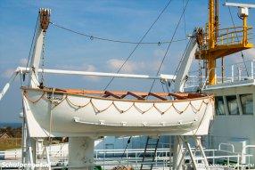 De Molengat was aan zowel stuur- als bakboord uitgerust met een klassieke scheepssloep.