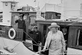 Koningin Juliana is op bezoek en komt met haar eigen schip in de plaats van de Texelse veerboot Texelstroom.