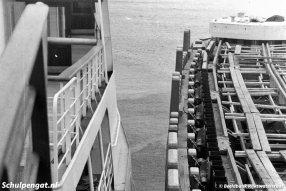 Altijd een spannend moment: past de nieuwe TESO-boot in de fuik? De Marsdiep ondervond geen probleem in de nieuwe fuik die in 1964 werd aangelegd in de veerhaven van 't Horntje op Texel.