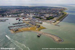 Luchtfoto veerhaven Den Helder