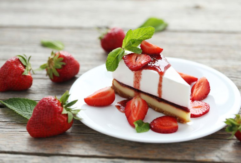 Be Ready for Spring with This Strawberry Cheesecake Recipe