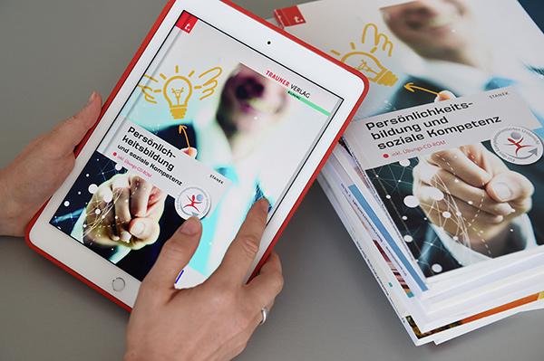 Schulbücher in E-Book-Version   © Trauner Verlag