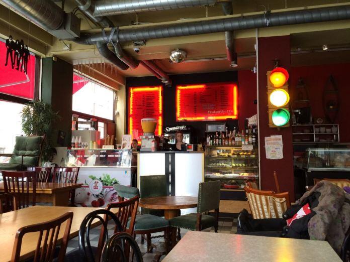 Café String