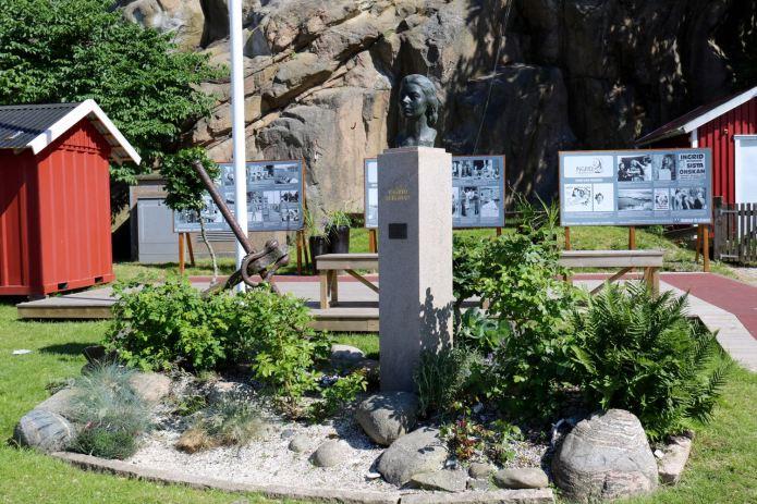Die Statue und die Infos zu Ingrid Bergmann sind am Hafen zu finden. (Foto Andrea Ullius)