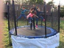 49-trampolin2