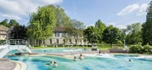 Das in die Jahre gekommene Aquarena wird im Sommer saniert, um mehr Gäste anzulocken. Quelle: Bad Schinznach AG